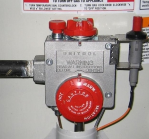 Water heater temperature control dial